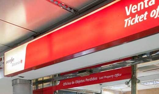 Cercanías Madrid estrena una nueva oficina de objetos perdidos en Nuevos Ministerios