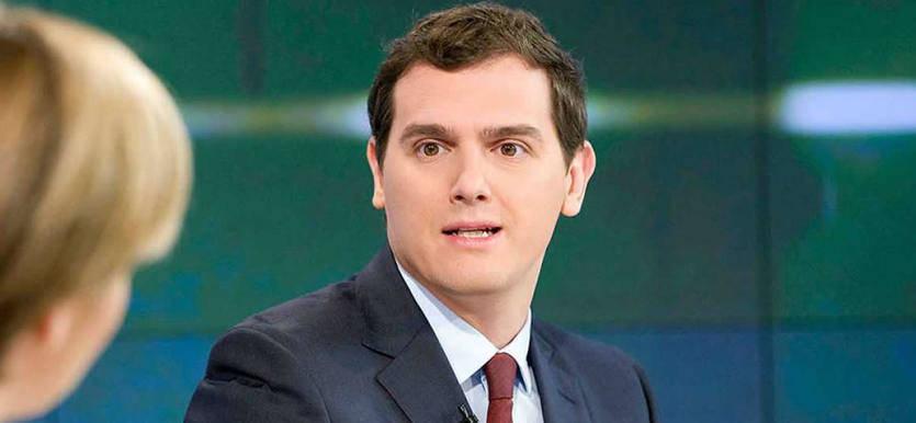 Rivera confirma la buena sintonía con el PSOE y anuncia que podría haber acuerdos