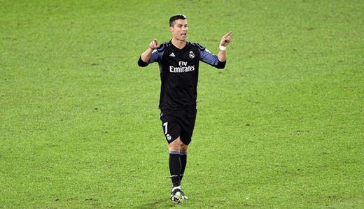 Fracaso absoluto del videoarbitraje: así hizo el ridículo en el Real Madrid-América