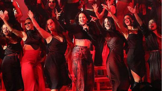 Rosalía arrasa en los premios MTV europeos, más españoles que nunca desde Sevilla