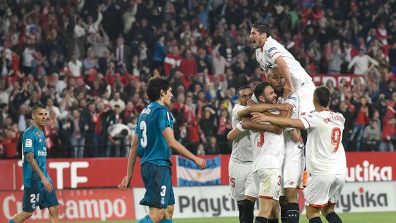 El Madrid cae en Sevilla víctima de sus errores y la falta de motivación de sus suplentes (3-2)