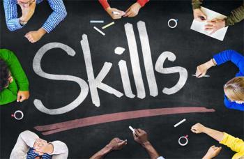 Flexibilidad y polivalencia, características de los nuevos perfiles profesionales según la mesa redonda de headhunters organizada por EAE