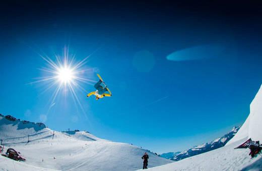 Todo a punto para Esquiades Snowfun, la feria de la nieve y el turismo de montaña