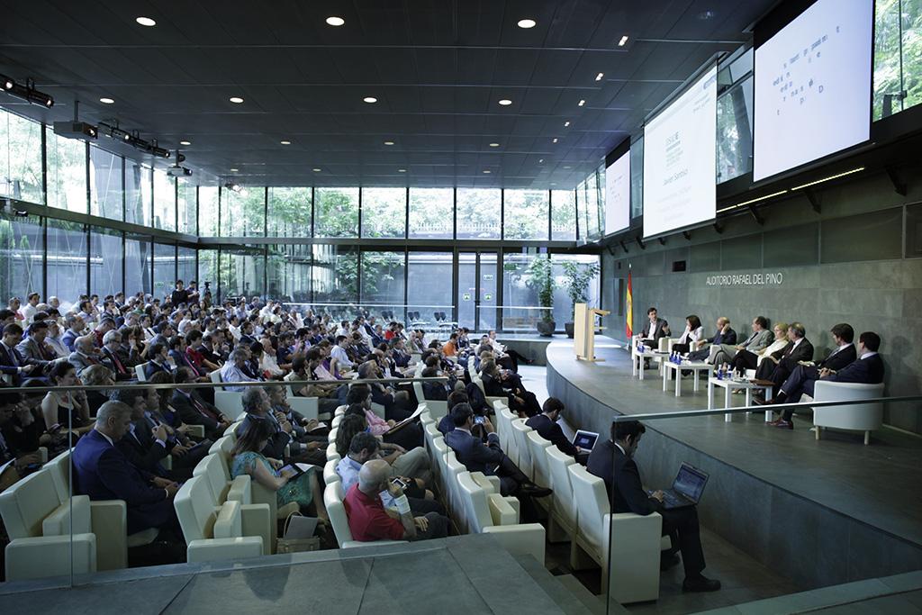 La Fundación Rafael del Pino lanza el curso online