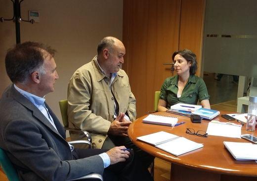 Junta y taxistas diseñarán un protocolo para los desplazamientos de víctimas de violencia de género
