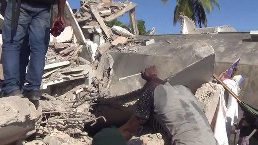 Ya son más de 1.300 los muertos en el terremoto de Haití y llega una tormenta tropical