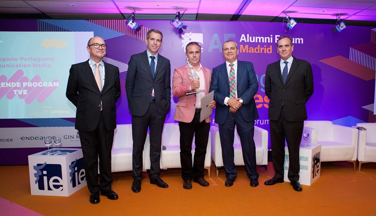 'Emprende', de Canal 24 horas, recoge el I Premio de Periodismo Económico Hispano-Luso del IE Business School