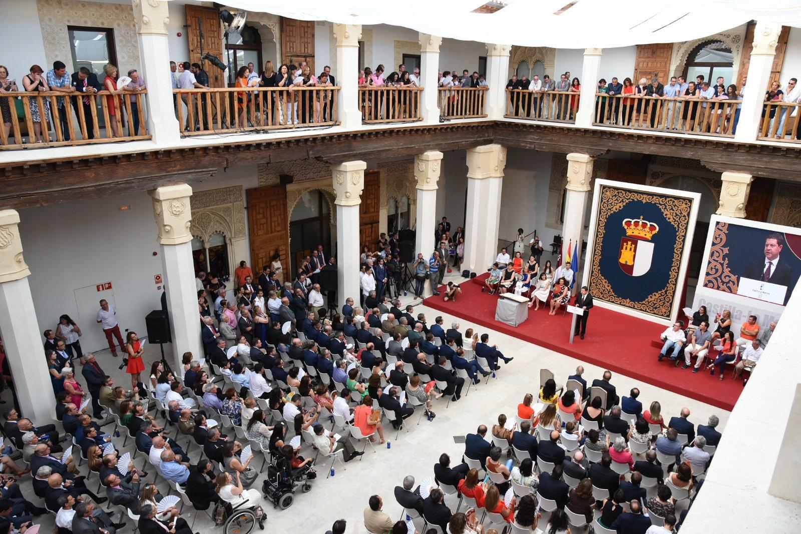 """El presidente de Castilla-La Mancha confía en que Grecia """"siga en el euro"""""""