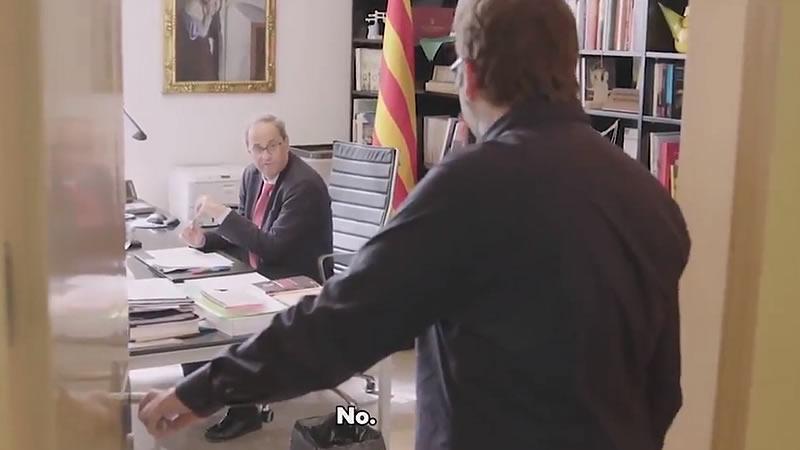 Torra se deja grabar por TV3 mientras llama a Pedro Sánchez por teléfono y es rechazado: '¿¡Qué cojones!?'