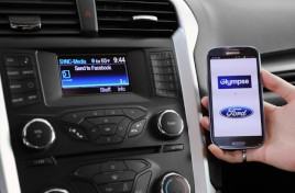 Toyota se une a Ford para frenar a Google y a Apple