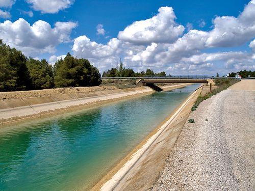 Castilla-La Mancha confía en que los recursos contra el trasvase prosperen