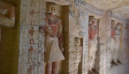 Egipto halla una tumba de 4.000 años casi intacta