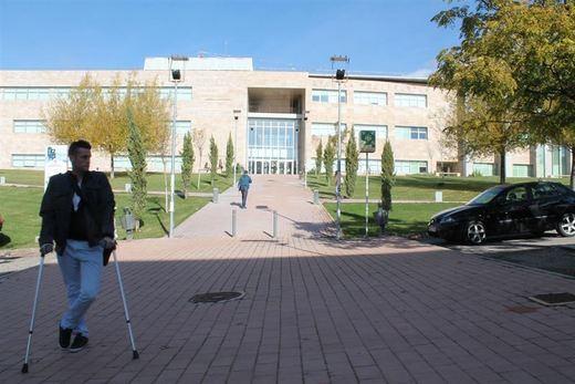 La UCLM facilitará a los refugiados universitarios continuar sus estudios en Castilla-La Mancha