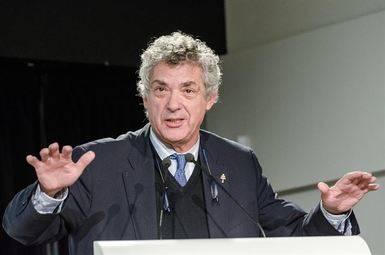 Villar, inasequible al desaliento, sigue su escalada: nuevo vicepresidente primero de la UEFA