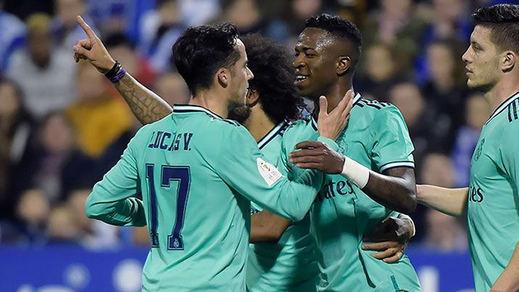 Vinicius al fin despierta en un gran partido copero del Madrid en Zaragoza (0-4)