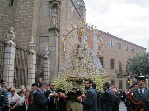 La Virgen de la Estrella de Toledo ya luce su corona