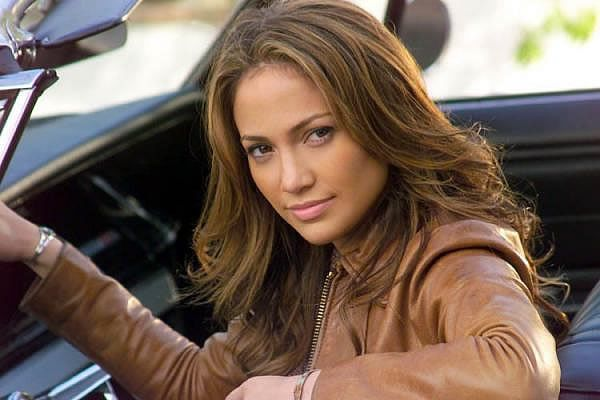 Alex Rodríguez y J-Lo encabezan lista de latinos más ricos
