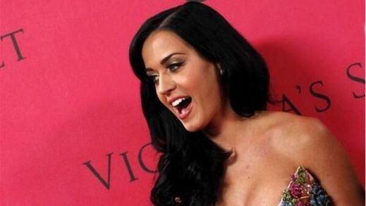 Katy Perry, fascinada con los modelitos de Lady Gaga y Freddie Mercury