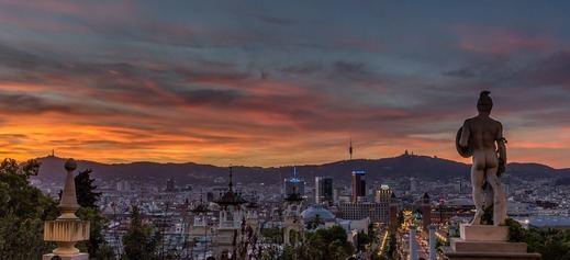 Gaudí y la gastronomía, reclamos turísticos de Barcelona