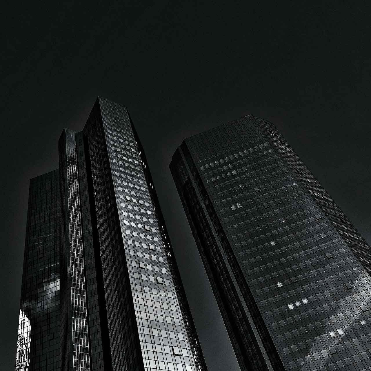 EE.UU. se plantea multar a Deutsche Bank con 14.000 millones por las hiptecas basura